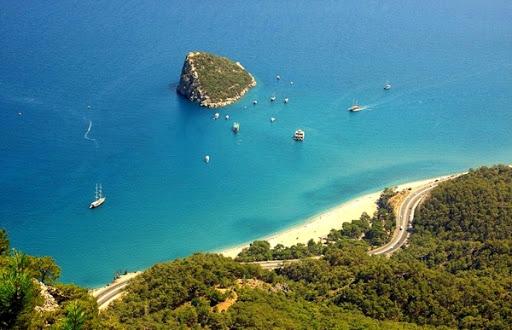 ساحل انطاليا الرائع
